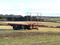 Bale cart with air brakes