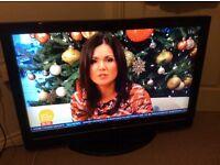 Hitachi HD Flatscreen TV For Sale.