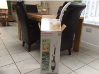 Murphy Richards 9in one floor steam cleaner as new condition