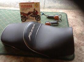 600 Yamaha fazer seat, Haynes manual and some indicators.