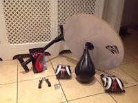 Speedball Platform Set Boxing gloves Swivel Stand Bracket Speed Ball, Skipping Rope, Hand Grip.