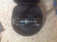 Beats Headphones,Built in MP3 Player