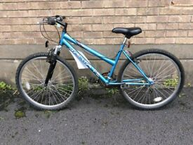 Girls SantaFE bike - stealth(used)