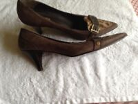 Ladies shoes - Suede pointed toe brown and beige