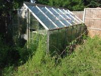 Greenhouse and aluminium potting tables