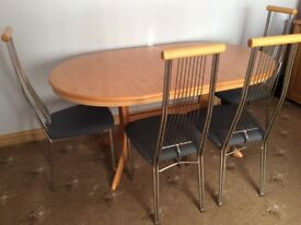 Table and 4 chairs REDUCED