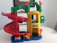Toy garage - Fisher Price Little People