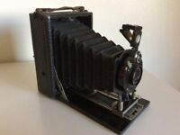 "Vintage CAMEO folding camera. 3.25""x 4.25"" plate size. 3 speed shutter + T & B."