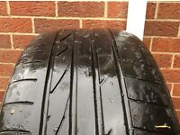 Bridgestone Deuler 275/40/20 BMW X5/X6 Run Flat tyre