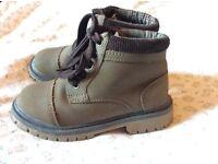 Boys shoes size 11