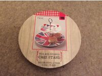 Next cake stand