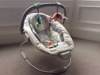 Comfort and Harmony baby bouncer - with vibration and music