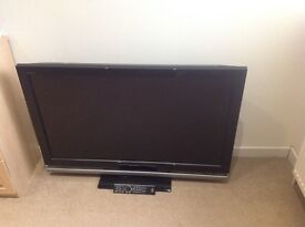 Sony KDL46Z4500 - 46-inch Widescreen 1080P Full HD 200Htz LCD TV with Freeview