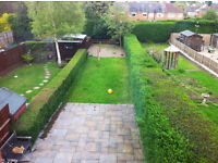 LARGE MODER FURNISED 4 BED HOUSE WITH CAR-PARKING AND LARGE GARDEN AVAILABLE 30 DECEMBER