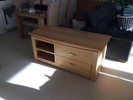 Oak tv cabinet and oak console tale £150 for both