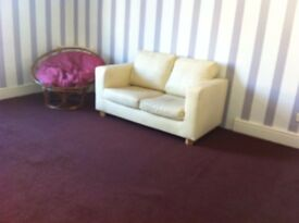 ONE BEDROOM FLAT FULLY FURNISHED ON BRIERCLIFFE ROAD NEAR BOOHOO
