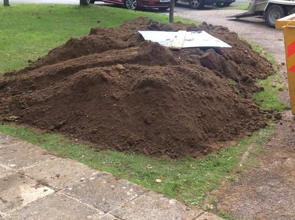 Free good quality top soil for collection