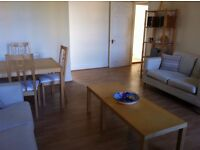 2 Bed Flat Share in a 1st floor flat near Ealing Hospital with parking in Osterley Gardens UB2 4UW