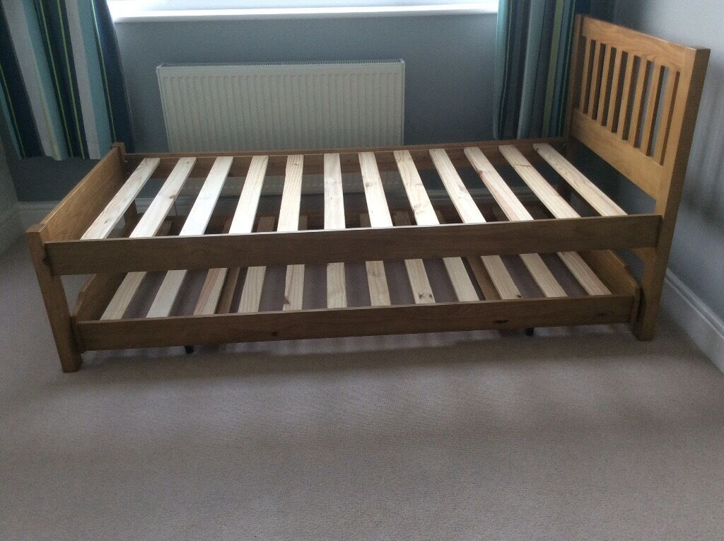 John Lewis Single Oak Trundle Bed With Mattress And Side Table