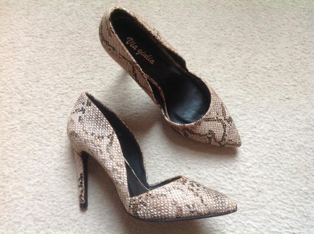 Brand new unworn in box - ladies high heel shoes size EU36/UK3