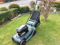 Hayter Spirit 41 petrol lawnmower. Briggs&Stratton engine. 16 inch cut. Very clean.