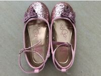 Pink sparkly Blue Zoo shoes size 11