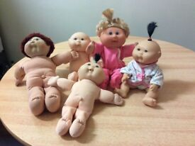 5 CABBAGE PATCH DOLLS