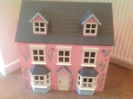 Dolls house, fully furnished