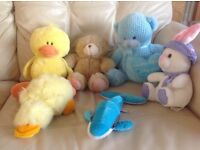 Soft cuddly toys in excellent condition from a smoke + pet free home.