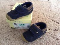Boys Shoes Size 3f