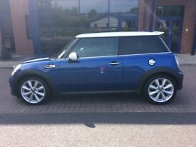 MINI COOPER 2.0 SD 140 BHP LONDON(MASSIVE SPEC, HEATED PIANO LEATHER, SAT NAV, XENONS, FSH)