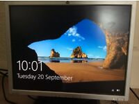 """HP 20"""" inch professional LCD monitor £9"""