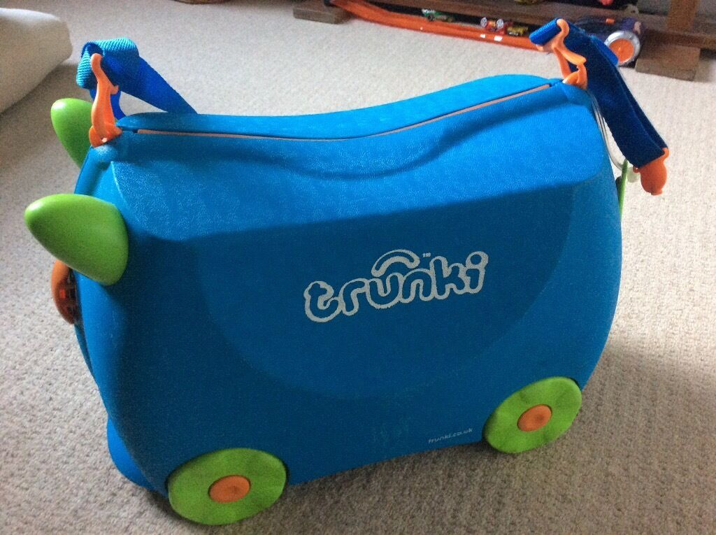 Blue Trunki ride on suitcase
