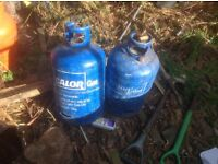 One emptie gas 15kg CALOR bottle