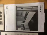 AEG STAINLESS STEEL BUILT IN UNDER COUNTER D/ OVEN & NEFF HALOGEN CERAMIC HOB