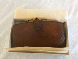 VINTAGE/RETRO LADIES BROWN PERSIAN SABLE LEATHER PURSE