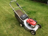 Honda hr216 petrol rotary lawnmower