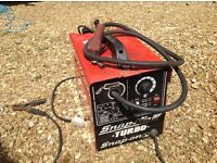 Snap-on portable turbo mig welder 130amp, with wire, gas and regulator. Single phase. New liner.