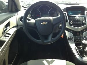 2012 Chevrolet Cruze 1 OWNER OFF LEASE-MANUAL-52MPG Windsor Region Ontario image 11