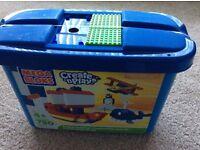 Mega Bloks Create 'n Play Construction Set