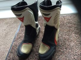 Dainese motorcycle boots TR/corsa out boots size 44eu uk 9 1/2
