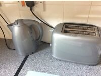 Kettle n toaster