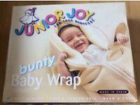 Bunty Baby Wrap /baby sac NEW in box