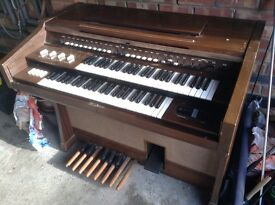 Yamaha Electric Organ - Free to collect