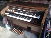 Yamaha Electric Organ - Free to collect