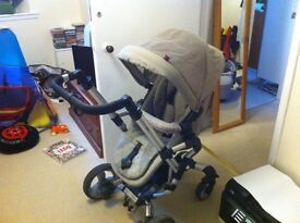 Concord Neo Buggy and Carrycot