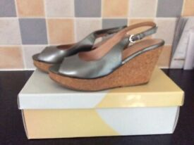 Women's dress shoes with wedge size 37