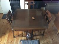 Extending Dining table, seats 4-6