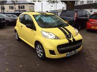 Peugeot 107 1.0 2011/61-plate 1 owner full service history 12 months MOT 6 months WARRANTY (£20 TAX)