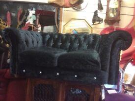 Crushed velvet 2 seater Chesterfield sofa